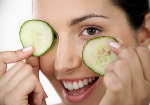 Best Home Remedies to Treat Dark Circles