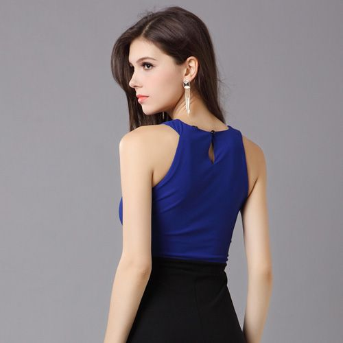 Bridesmaid Round neck with a belt