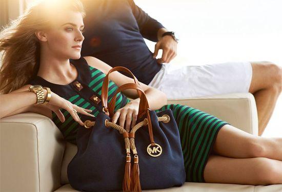Women Glamorous accessories