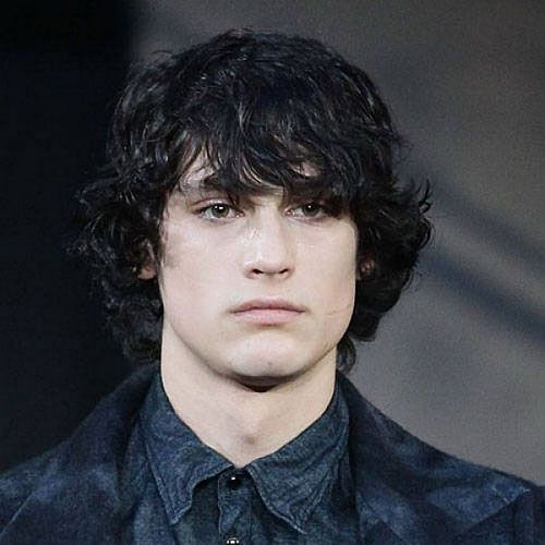 curly Shaggy hairstyle for men