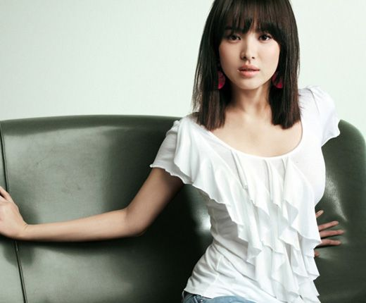 Blunt fringes with one length cut style
