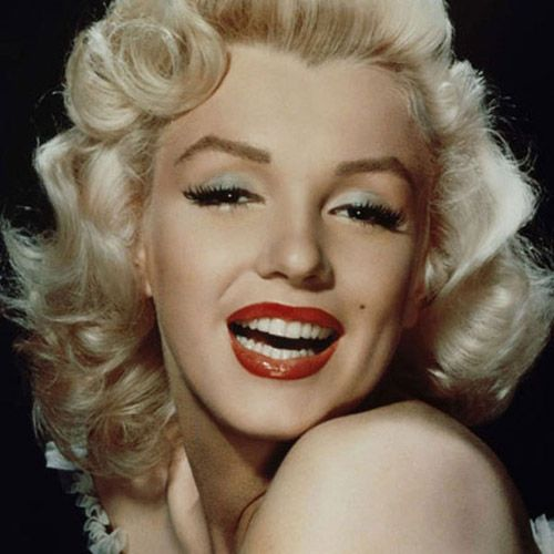 Marilyn Monroe Combed Back Hairstyle
