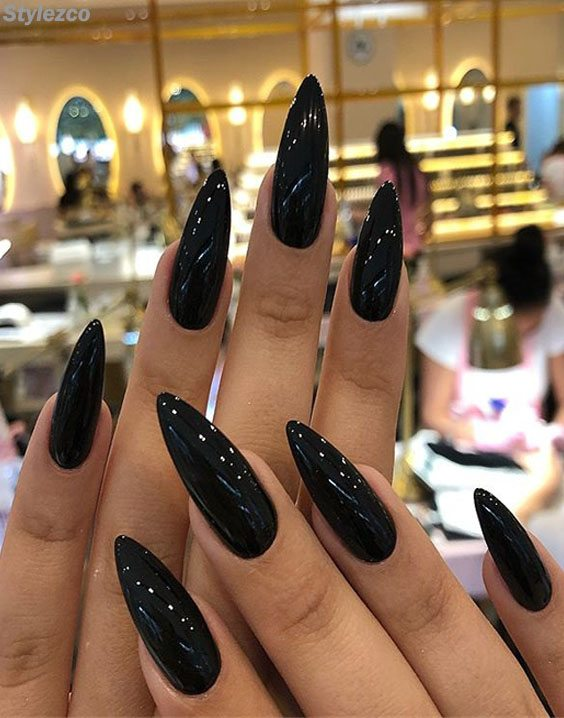 Edgy & Shinning Black Nail Art Trends for the Beauty of 2018