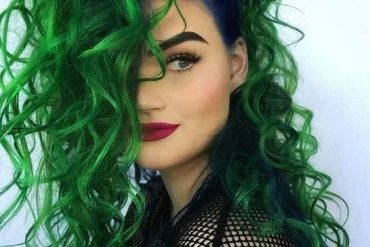 Unbelievable Green Curly Wavy Hairstyle Trends & Tips for 2019