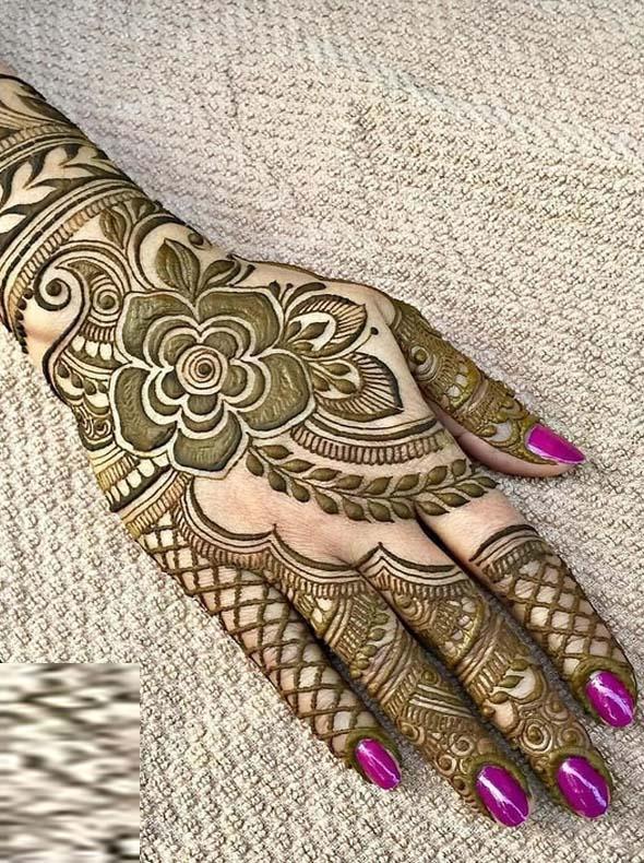 Unique But Simple Mehndi Designs For Women In 2019 Stylezco