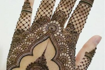 Super Cute & Best Mehndi Designs for 2019