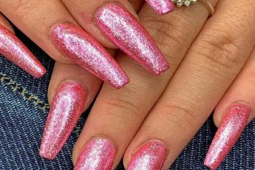 Sparkling Pink Nail Polish Ideas for Long Nails for 2019