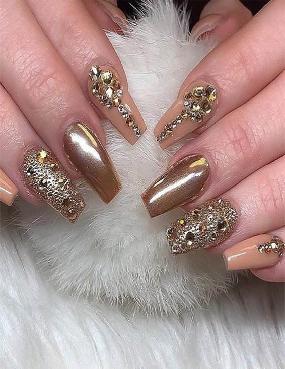 Gorgeous Nail Art Designs for Bridal Girls & Women