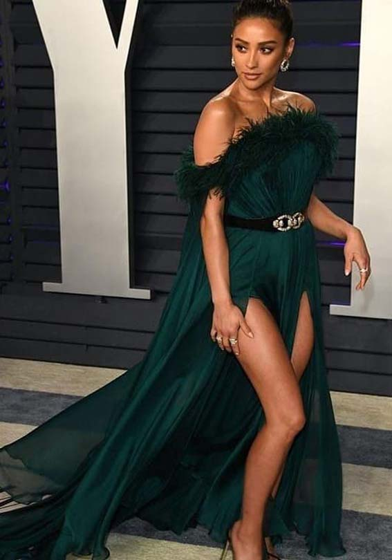 Amazing Dresses Styles for Bold Ladies in 2019