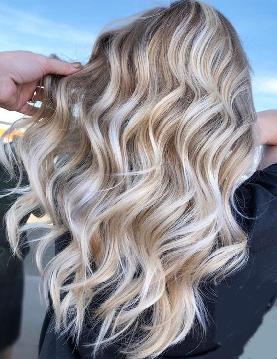 Brilliant Balayage Hairstyle Trends for Blonde Girls