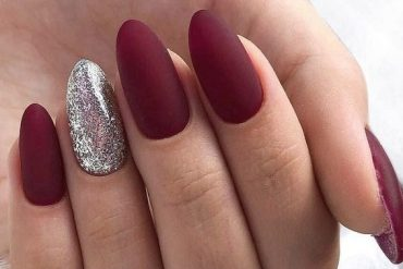 Hottest Red Nail Art Style to Copy Right Now