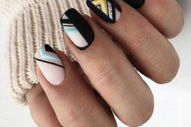 Delightful Black Nails Trend for Your Finger