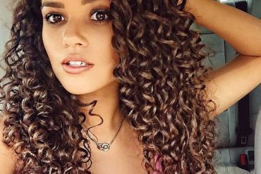 Elegant Curly Hairstyles for Long Hair In 2019