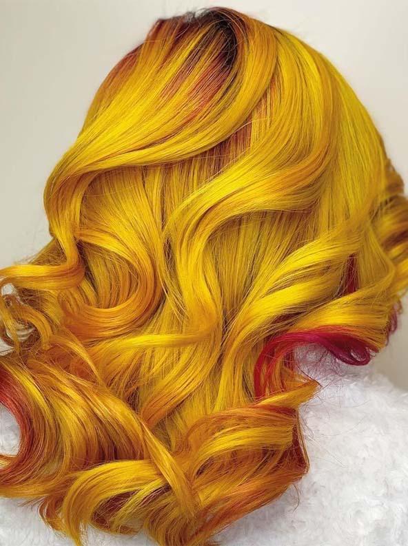 Beautiful vivid yellow hair color trends in 2019