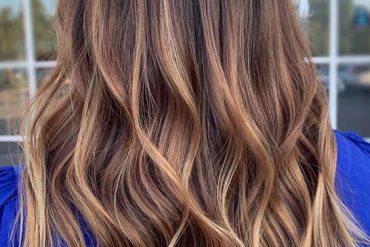 Awesome Medium to Long Hairstyles for Women in 2019