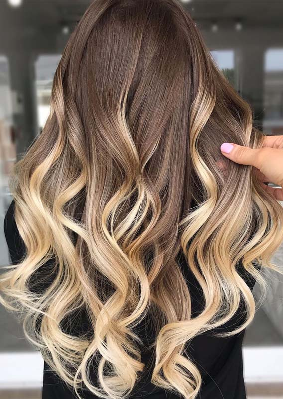 Effortless Blonde Balayage Hair Color Shades for 2019